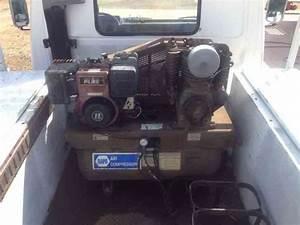 Hino Cab Over  1988    Utility    Service Trucks