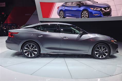 maxima nissan 2016 nissan maxima first look motor trend