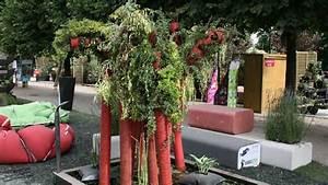 10 idees recup pour le jardin diaporama photo With tapis champ de fleurs avec canapé convertible style industriel