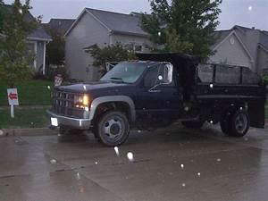 1995 Chevy 3500hd Dump Truck   See Pictures