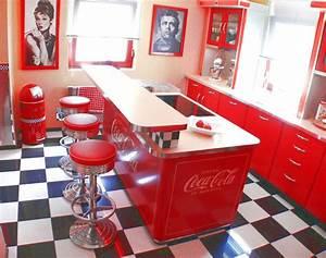 Amerikanische Küche Einrichtung : amerikanische theken bars im american style der 50er jahre 50er jahre wohnen pinterest ~ Markanthonyermac.com Haus und Dekorationen