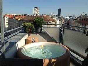 Mini Whirlpool Balkon : softub whirlpools ~ Watch28wear.com Haus und Dekorationen