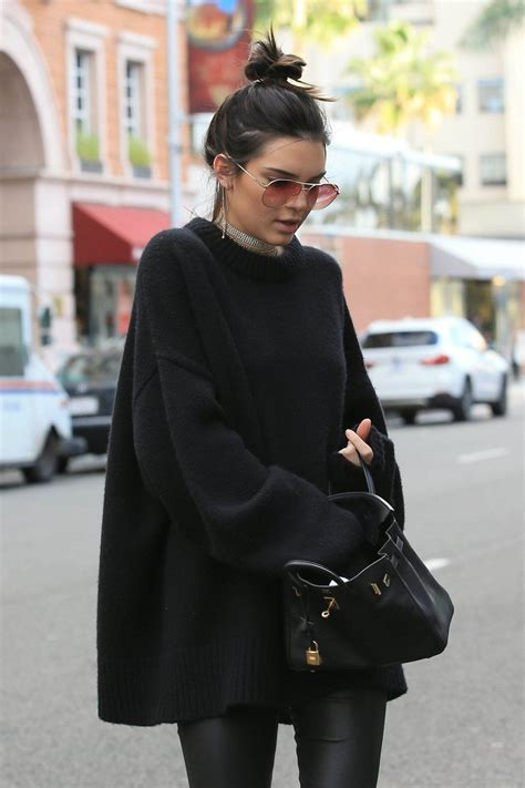 KENDALL JENNER LOVE  This all black outfit is life! Serious outfit inspo here. Find more at ...