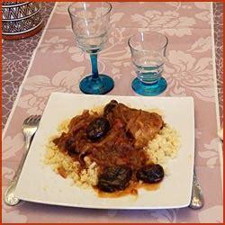 apprendre a cuisiner marocain tajine de poulet et aux pruneaux recette traditionnelle