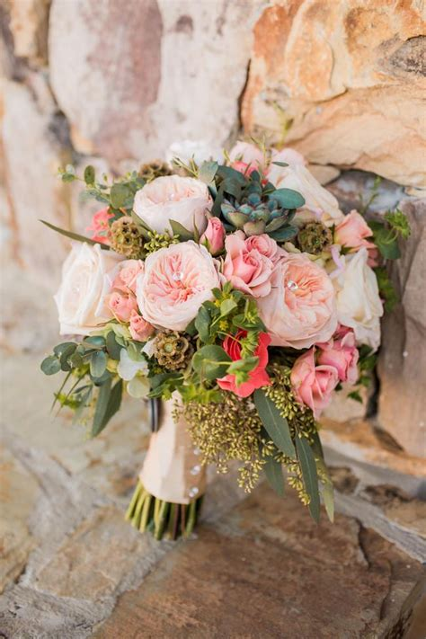 ravishingly rustic wedding bouquets