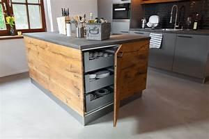 Moderne Küche Mit Kochinsel Holz : holz theke kuche ~ Bigdaddyawards.com Haus und Dekorationen