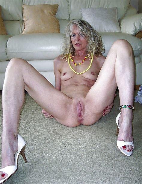 Super Sexy Uk Gilf Katerina Pics