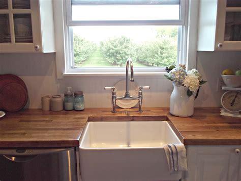 Rustic Farmhouse: A Farm Style Sink