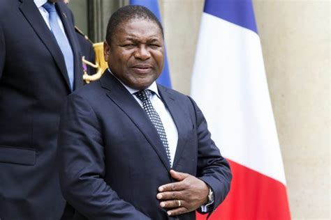 Mozambican President Admits Breaking Protocol Meet
