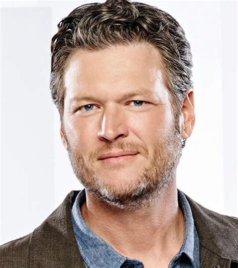 blake shelton height in feet blake shelton bio height weight measurements