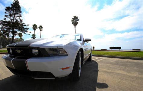 white mustang gt premium convertible