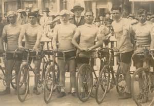 Pictures of Early Tour De France Races