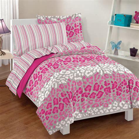 Cheetah Print Crib Bedding by Buying Bedding For Boys And Girls Trina Turk Bedding