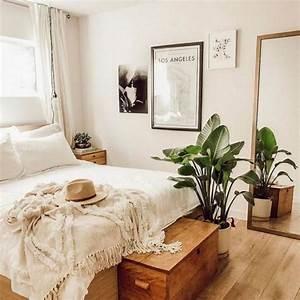 Cozy Farmhouse Master Bedroom Design Ideas 61 — Fres Hoom