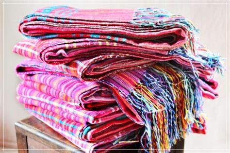 THE REBOZO: CULTURAL BACKGROUNDS - Antama