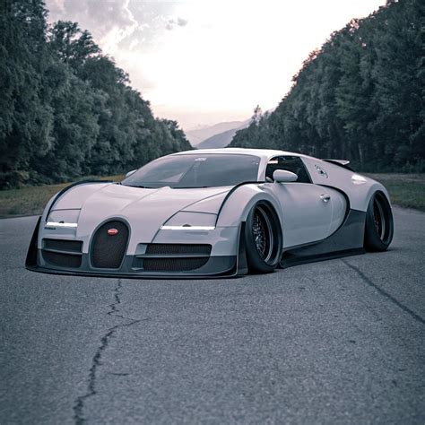 Buying a bike and getting on the road is a big dream for many. Photos : une Bugatti Veyron transformée en monstre de tuning
