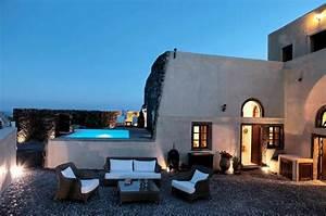 deco terrasse la terrasse de style iles grecques et With mobilier de piscine design 14 maison traditionnelle grecque