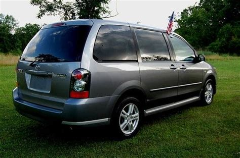purchase used one owner 2004 mazda mpv lx mini van 3 0 liter v6 engine auto trans 3rd row cd