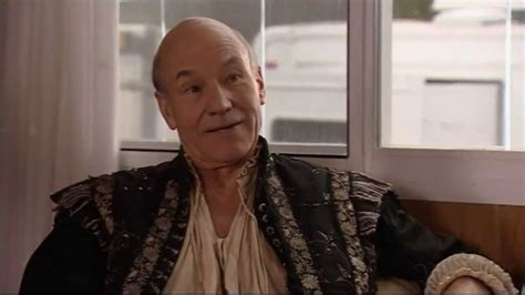 patrick stewart on extras extras best scene patrick stewart youtube