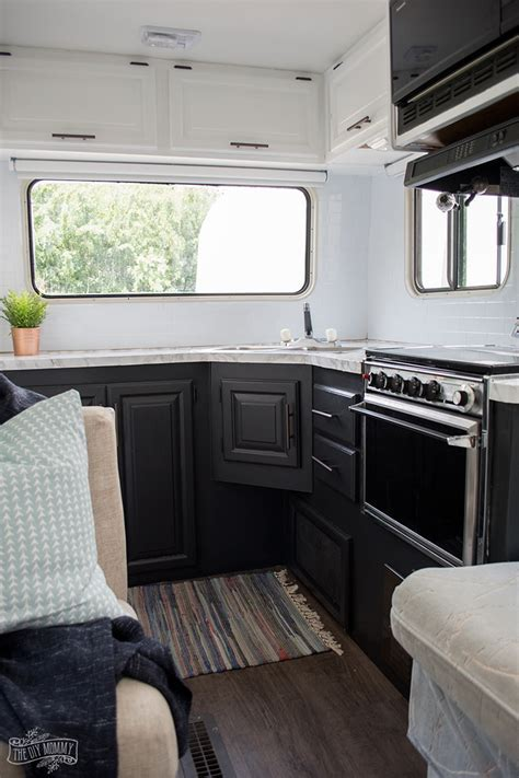 Our DIY Camper Kitchen Makeover ? Painting Oak Cabinets