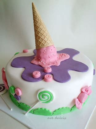 Ice Cream Cakes De Ion  Ee  Ideas Ee   Little  Ee  Birthday Ee   Cakes