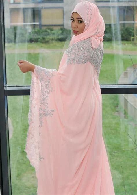 pink hijab styles  ways  wear pink colour hijab