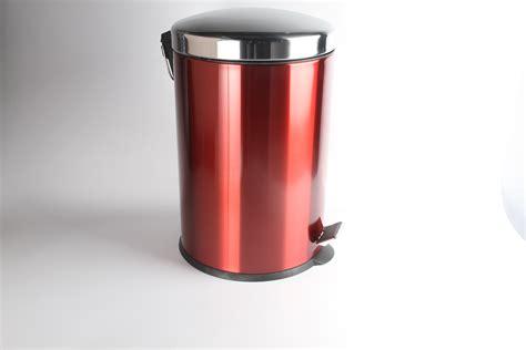 20 Litre Red Pedal Bin  Golden Chef
