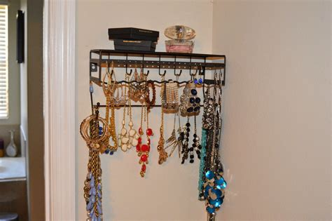 The Perfect Jewelry Holder +  Amazon Giveaway Ruby Jewellery Prouds Mumbai Jewelry In Pakistan Emerald India Platinum Diamond Cleaner Peridot Images Atlanta Tuesday Warrandyte
