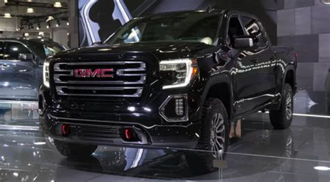 gmc canyon  replaces  terrain  pickup trucks