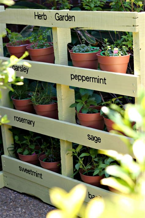 How To Make A Vertical Pallet Garden by How To Make An Herb Garden From A Pallet Pallet Crafts