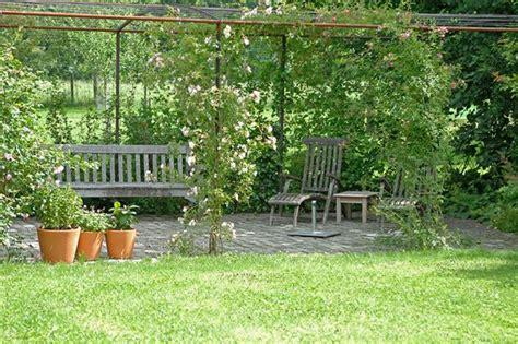 Sitzplätze Im Garten Ideen by Romantischer Sitzplatz Garten