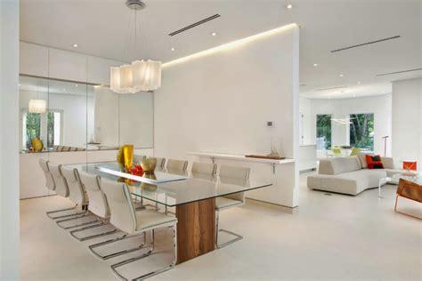 memilih meja makan  ruang makan minimalis majalah rumah