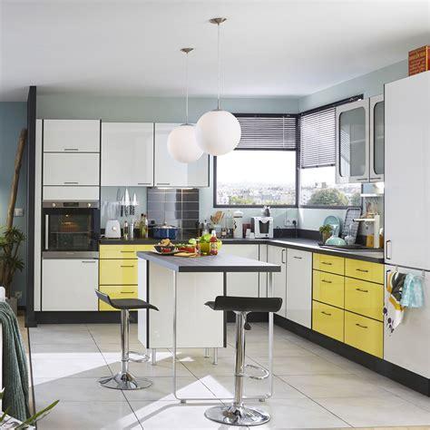 cuisine jaune et noir cuisine cuisine couleur moutarde chaios cuisine jaune moutarde et gris cuisine jaune moutarde