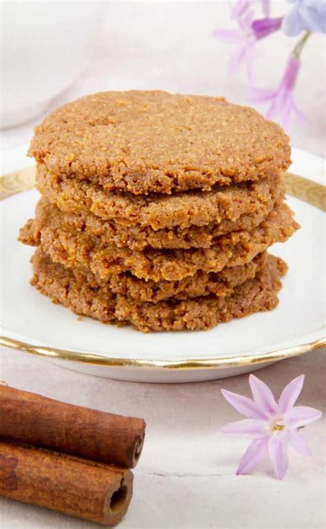 Hands down the best sugar cookie recipe. 4 Ingredient Keto Cookies! BEST Low Carb Crispy Cinnamon ...