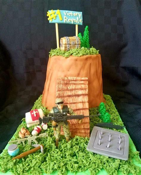 fort nite battle royale cake idea teen boy birthday cake