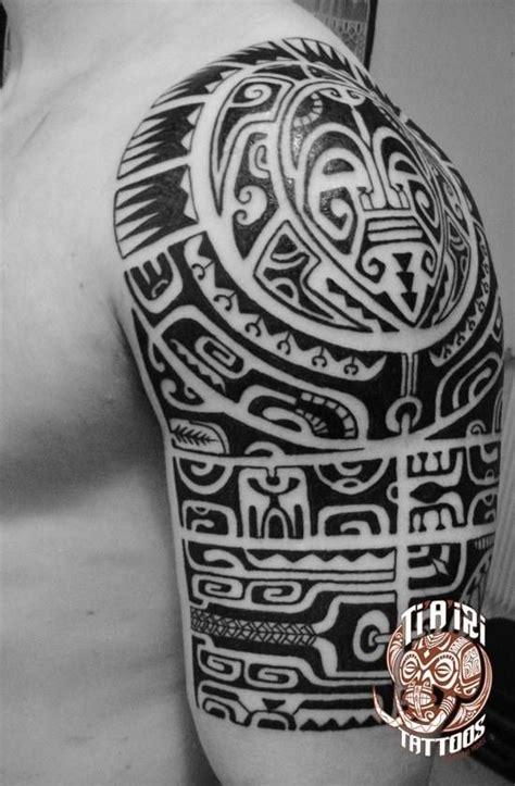 maorie bedeutung buch polynesian shoulder chest tattoos po oino yrondi po oino yrondi cool stuff