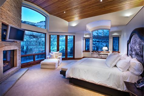 Master Bedrooms : The Essentials Of Luxury Interior Design