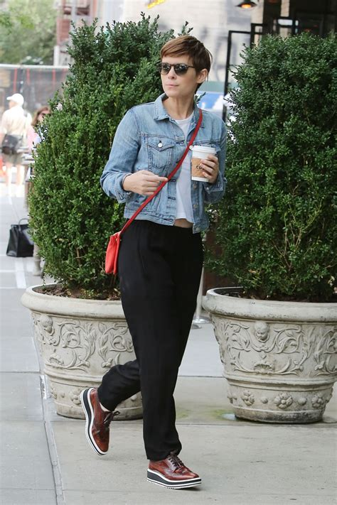 Kate Mara Casual Style - Out in New York City, August 2015 ...