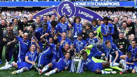 Chelsea FC celebrate Premier League crown at Stamford ...