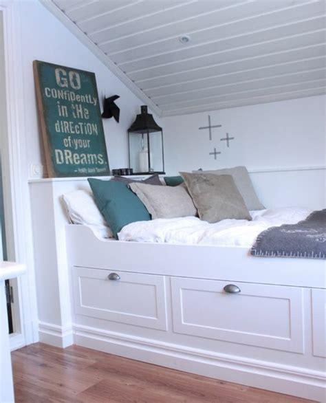 chambre sous combles couleurs chambre sous combles couleurs finest chambre sous comble