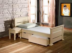 Mobilier Chambre Enfant : lit enfant bois massif avec 2 tiroirs sur roulettes et sommier inclu ~ Teatrodelosmanantiales.com Idées de Décoration