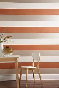 How to Hang Horizontal, Striped Wallpaper