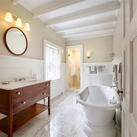 bathroom with wainscoting ideas bathrooms with wainscoting rumah minimalis