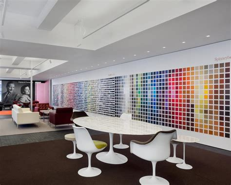 knoll flagship showroom offices and shop in new york city by