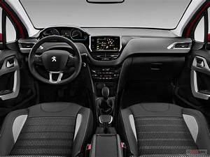 Interieur Peugeot 2008 Allure : voiture neuve peugeot 2008 allure 1 2 puretech 110ch start stop eat6 5 portes 2019 sedan 3238 ~ Medecine-chirurgie-esthetiques.com Avis de Voitures