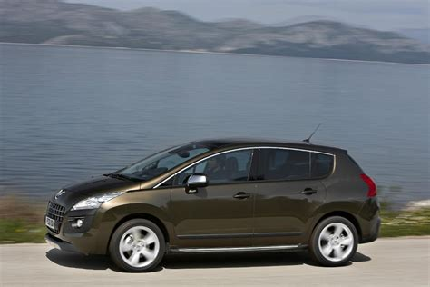 Automatic Peugeot 3008 Goes To The Uk