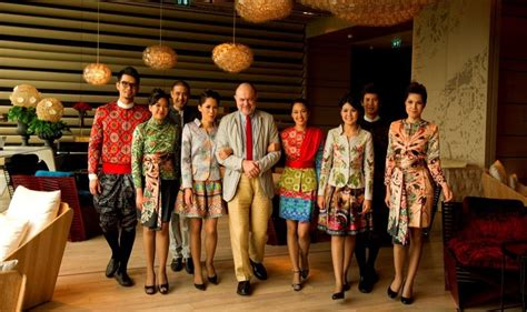 Fashion uniforms in luxury hotels   The Hotel Specialist
