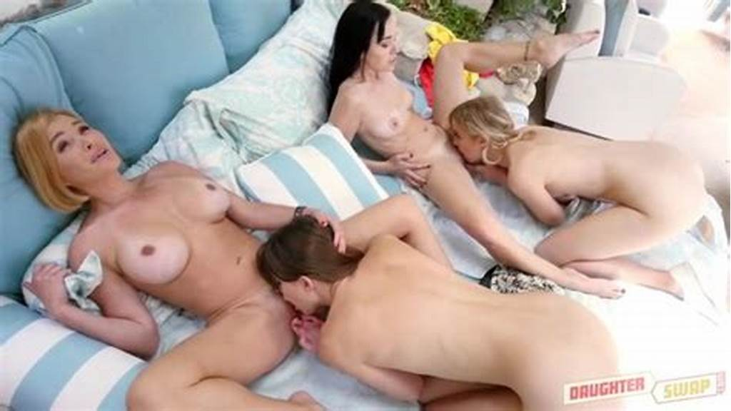 #Teens #Licks #Mommy #Cunt