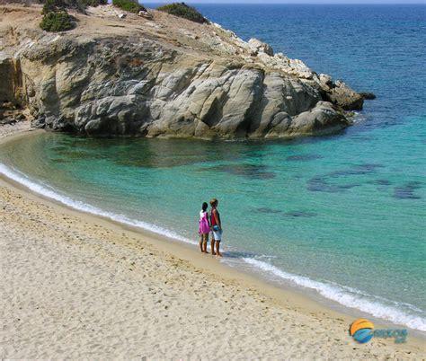 find your beach on naxos island