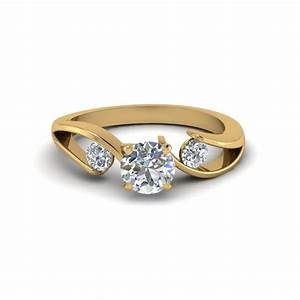 three stone engagement rings fascinating diamonds With wedding rings with 3 diamonds